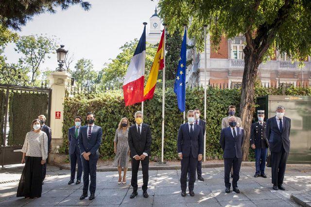 Los ministros del Interior de España y Francia ratifican el compromiso con la cooperación policial entre ambos países - 1, Foto 1