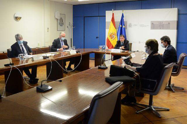 Luis Planas: El plan de recuperación agroalimentario y pesquero afianzará la posición estratégica del sector en la economía - 1, Foto 1