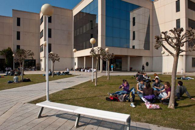 Escuelas Universitarias Gimbernat detectan un aumento de los estudios con vocación de servicio - 1, Foto 1