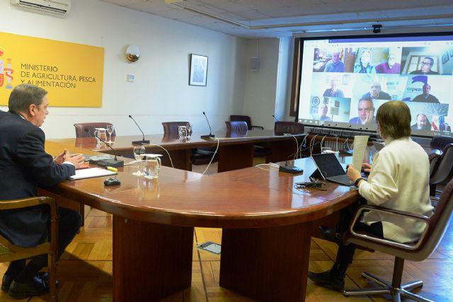Luis Planas se reúne con representantes de la flota pesquera del Mediterráneo - 1, Foto 1