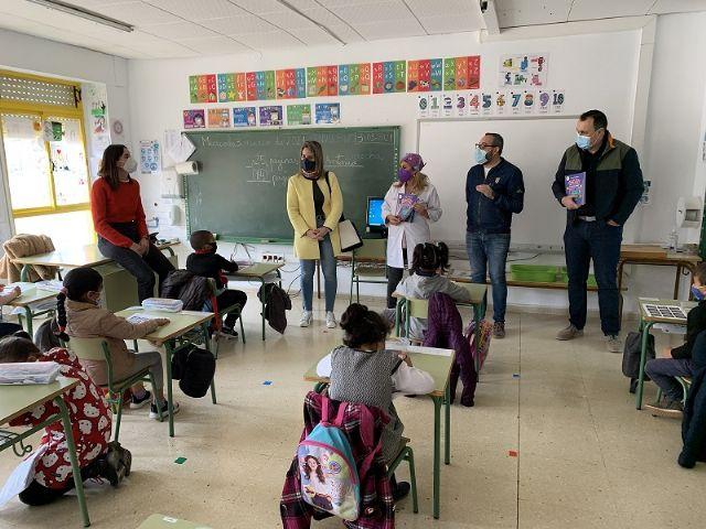 El Gorrito Sani llega a los colegios de San Javier - 1, Foto 1