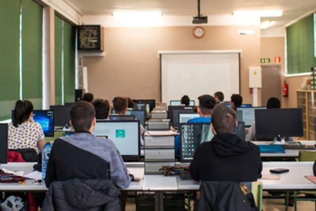 Comienza la entrega de los primeros dispositivos del programa Educa en Digital - 1, Foto 1