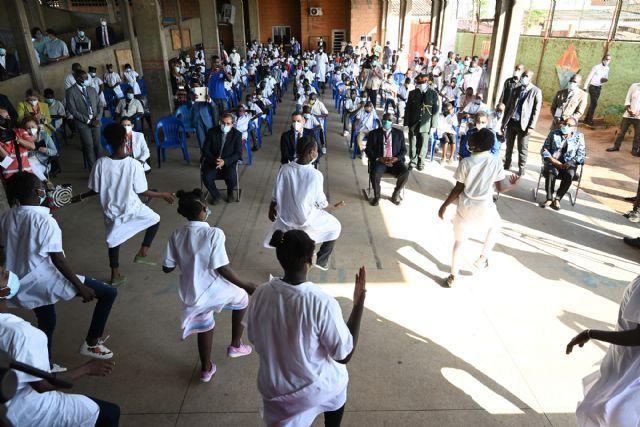 El presidente del Gobierno visita el Colegio Salesiano Don Bosco en Angola - 1, Foto 1