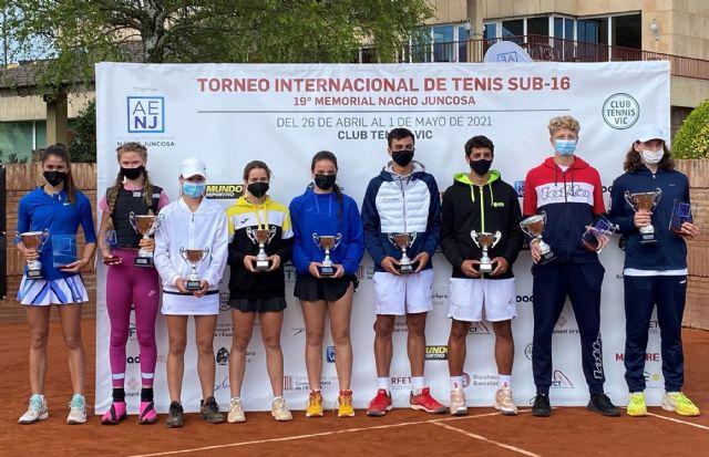 Vera Sokolova y Tomasz Berkieta ganadores del torneo internacional de tenis, 19° Memorial Nacho Juncosa - 1, Foto 1