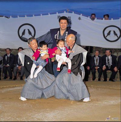 Japón se prepara para celebrar el Día del Niño el 5 de mayo - 1, Foto 1