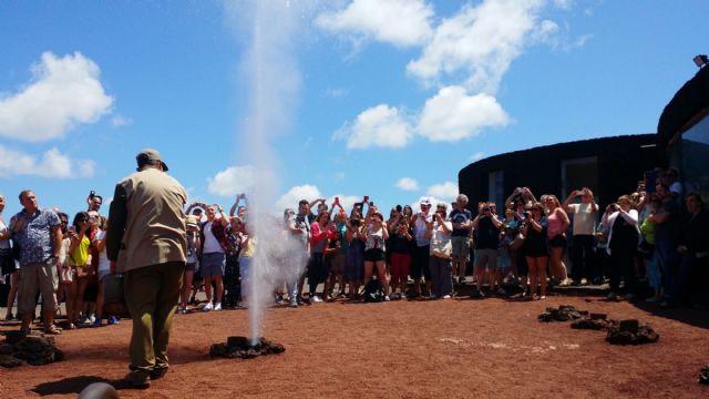 Los turistas podrán volver a disfrutar de excursiones organizadas en Lanzarote a partir de julio - 1, Foto 1