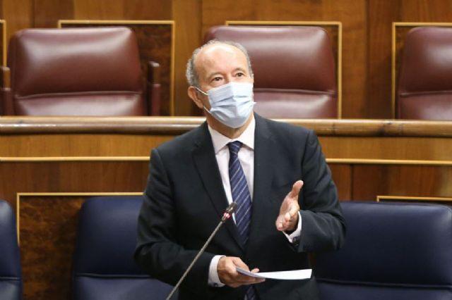 Campo: Quien cumple la ley, no humilla a nadie - 1, Foto 1
