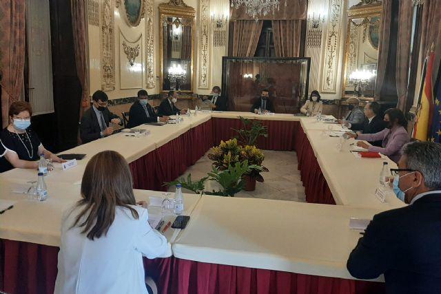 El Gobierno se compromete a explorar las opciones que brinda el marco europeo para impulsar el desarrollo local post pandemia en Ceuta - 1, Foto 1