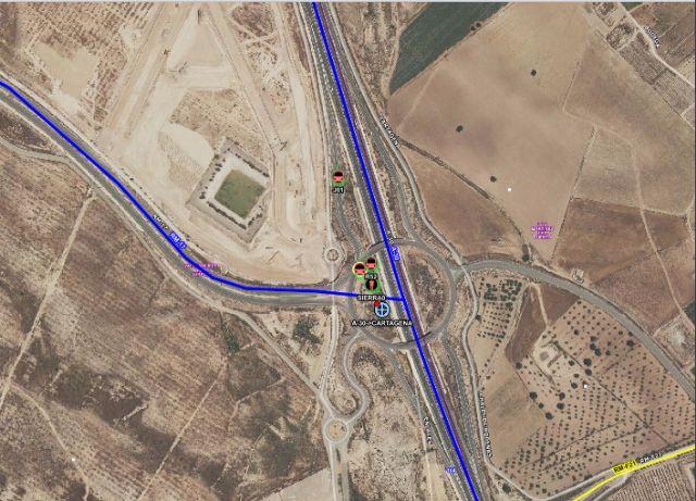 Fallece el conductor de un camión en un accidente de tráfico ocurrido en Corvera - 1, Foto 1