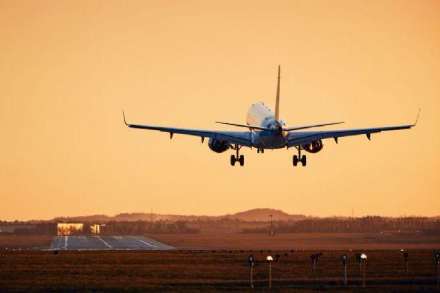 España recupera el 70% de la capacidad aérea de 2019 en el final de la temporada estival - 1, Foto 1