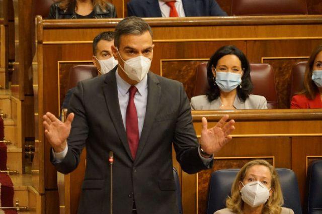 Sánchez destaca que España crece, está en niveles de empleo previos a la pandemia y mantiene baja la prima de riesgo - 1, Foto 1