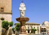 El Ayuntamiento solicitará una subvención a la Comunidad Autónoma para restaurar la Fuente de la Plaza