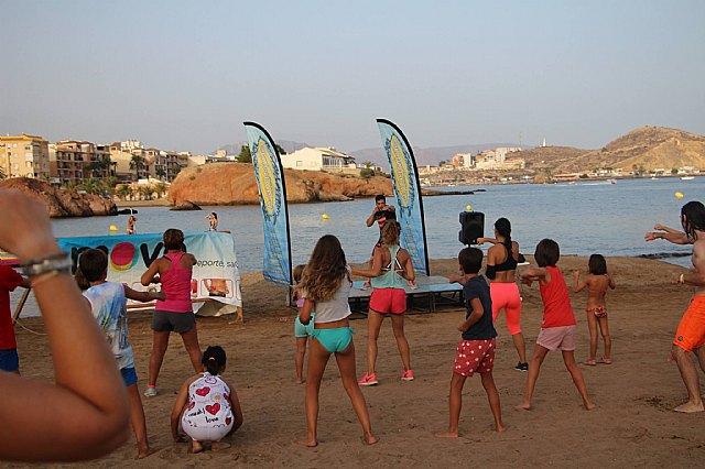 Move organizó una exhibición de Combat en las playas de Mazarrón - 1