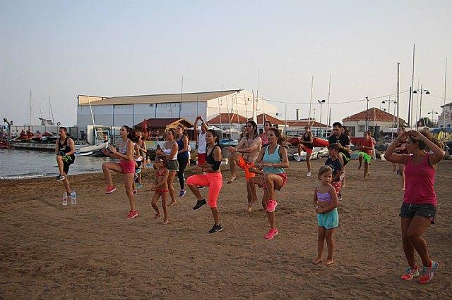 Move organizó una exhibición de Combat en las playas de Mazarrón - 5