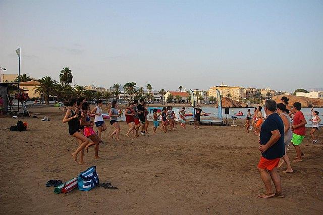 Move organizó una exhibición de Combat en las playas de Mazarrón - 11