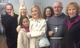"""El """"Padre Patera"""" con el grupo La Esperanza"""