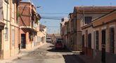Parchean varias calles del barrio de la Rambla de Los Arcos que presentaban un gran deterioro