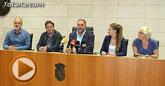 Autoridades municipales ofrecieron una recepción al poeta y catedrático de Literatura Española de la Universidad de Granada, Luis García Montero