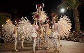 El Paseo Marítimo de Mazarrón se viste de carnaval ante la expectación de miles de personas