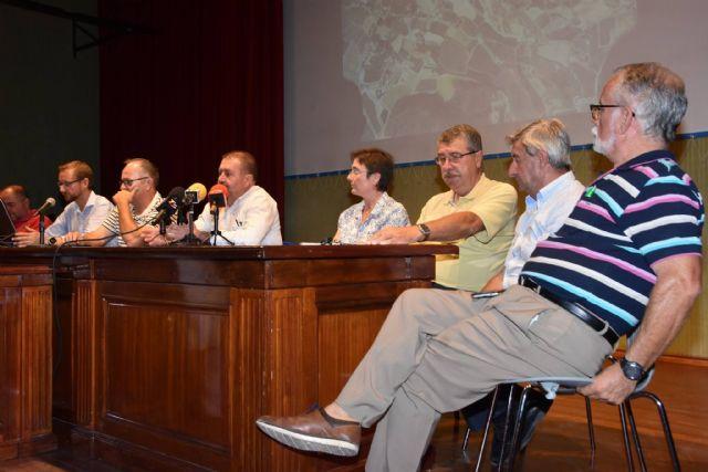 Urbanismo promoverá a partir de la semana próxima una campaña de recogida de alegaciones y firmas a la modificación del proyecto de la Línea de Alta Tensión - 25