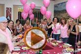 Un grupo de amigas, afectadas y supervivientes del Cáncer de mama se reúnen con motivo del Día Mundial contra el Cáncer de mama