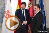 El presidente Fernando López Miras recibe al alcalde de Totana