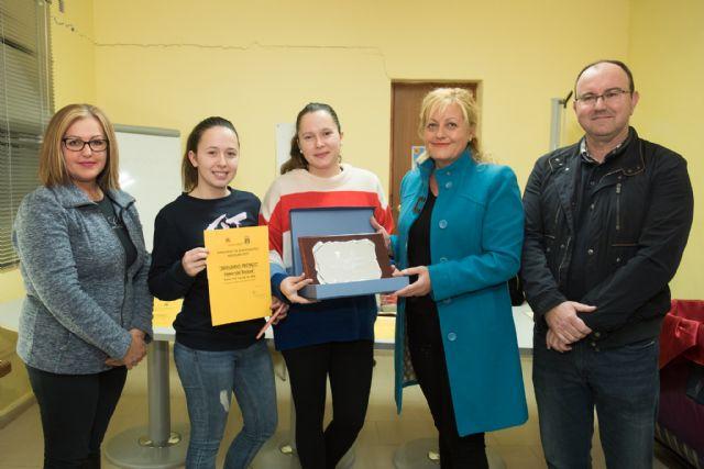 Acoma reparte 1.000 euros entre los clientes que participaron en el sorteo de la caja mágica, Foto 1