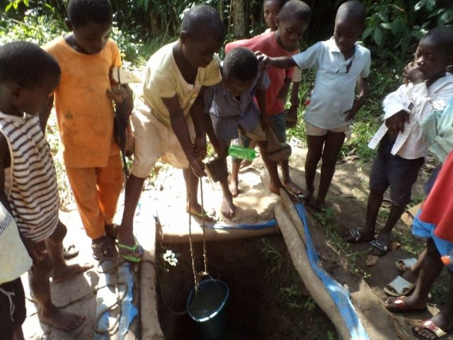 Cooperación al Desarrollo colabora con el abastecimiento de agua potable a la localidad costamarfileña de Roc - 1, Foto 1