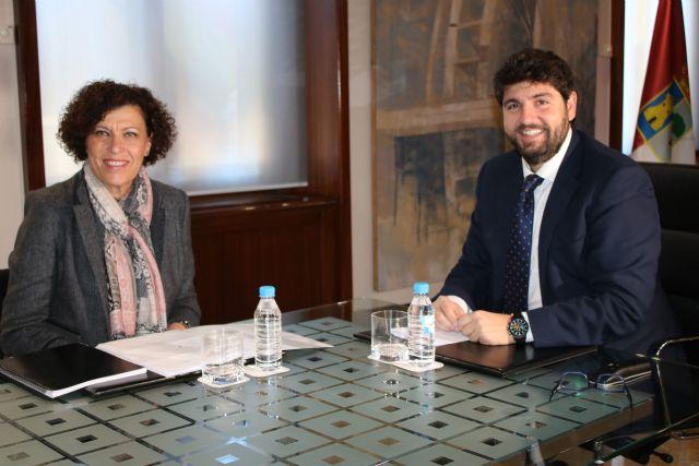 La alcaldesa de Puerto Lumbreras se reúne con el presidente de la Comunidad - 1, Foto 1