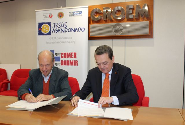 La Fundación Jesús Abandonado recibe la colaboración de CROEM para luchar contra la exclusión social en Murcia, Foto 1