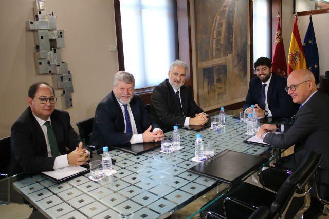 López Miras se reúne con el presidente de Navantia y miembros del Comité de Dirección de la empresa, Foto 2
