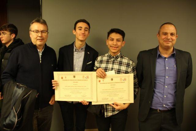 Dos proyectos tutorizados por la UPCT reciben el primer premio de la Academia de las Ciencias de la Región - 1, Foto 1