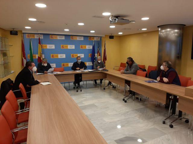 El presidente de la Confederación Hidrográfica del Segura ha mantenido un reunión de trabajo con los alcaldes de Mula y Pliego - 2, Foto 2