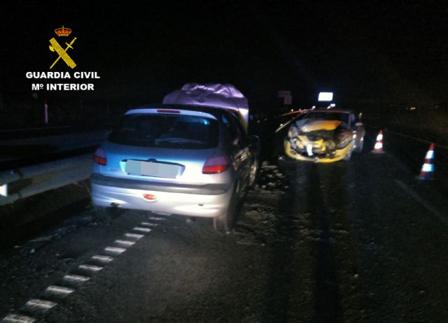 La Guardia Civil investiga a un conductor por circular en sentido contrario y ebrio en la autov�a RM-3 (Totana-Mazarr�n), Foto 5