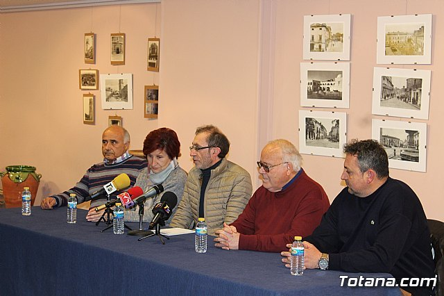 The round table on the tradition of pottery and the future prospects of the sector in this municipality, within the events of the Centennial of the City
