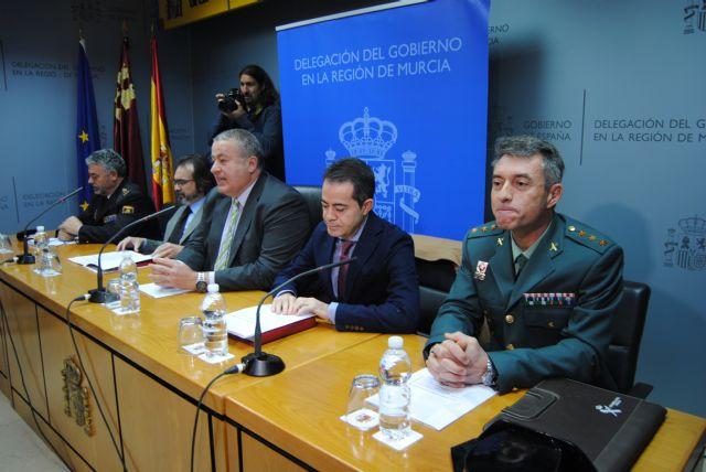 El delegado del Gobierno anuncia nuevas medidas para la formación de las policías locales en materia antiterrorista por parte de Policía Nacional y Guardia Civil, Foto 2