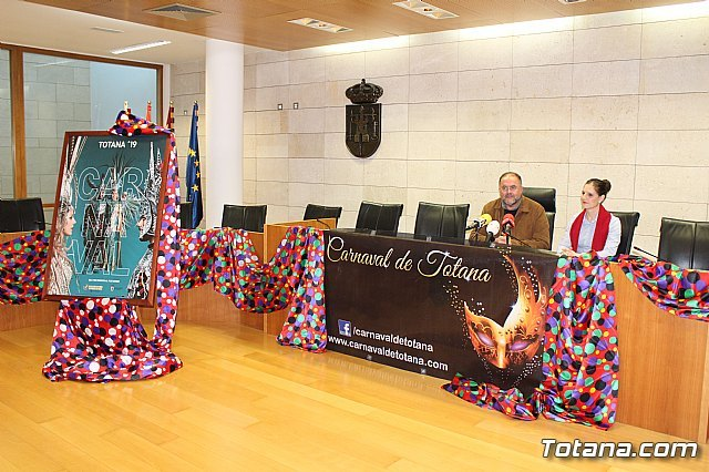 The Federation of Peñas de Carnaval relinquishes the management of the stands to Padisito to witness the two parades of adults and children - 1