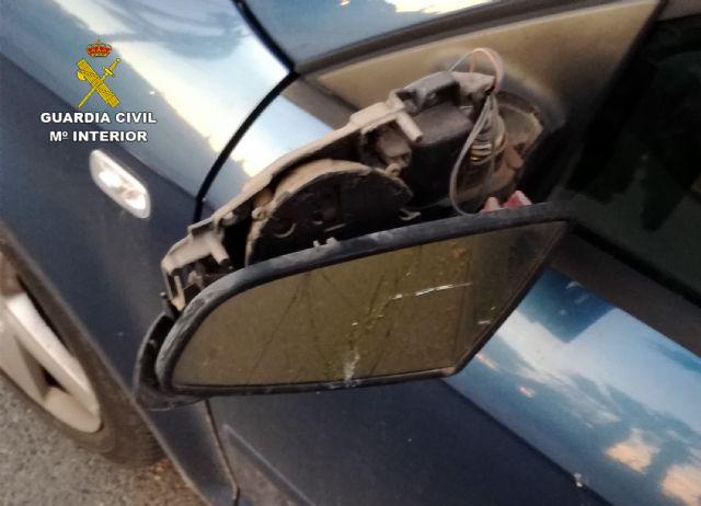 La Guardia Civil investiga en Mazarrón a tres menores por causar daños a numerosos vehículos, Foto 5