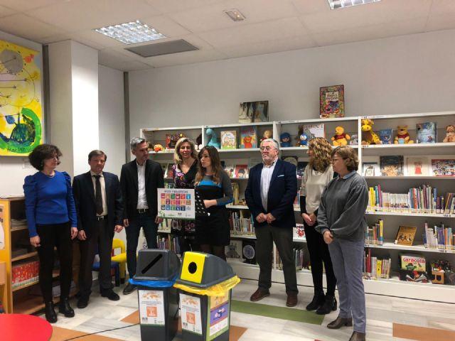 Los usuarios de las bibliotecas y salas de estudio ya disponen de puntos de reciclaje - 2, Foto 2