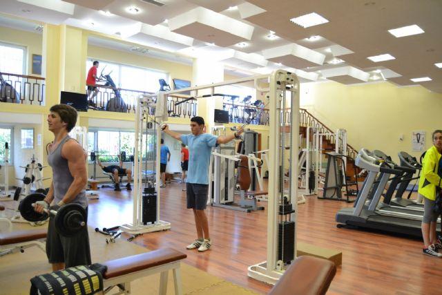Mejoras en equipamiento deportivo, zonas de estudio y coworking, más libros de ocio y talleres inclusivos - 1, Foto 1