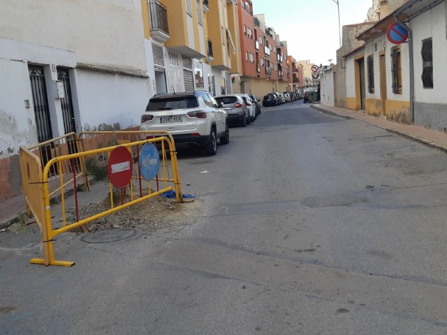 [Adjudican las obras de renovación de la tubería de saneamiento en las calles La Hoya y Luís Martínez González, respectivamente