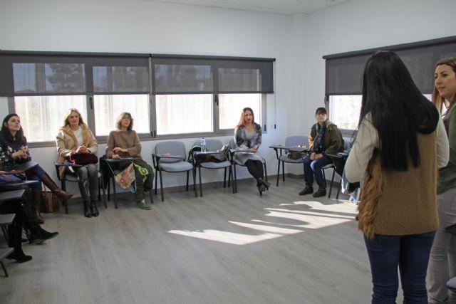 Coca-Cola busca el talento de las mujeres emprendedoras de Puerto Lumbreras - 1, Foto 1