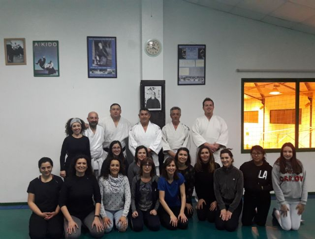 Success in the first session of the Women's Self Defense Workshop organized within the events of Women's Day