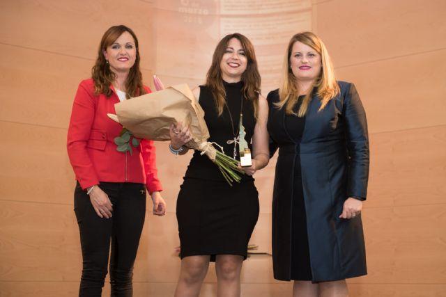 Sheila Templado recibe el premio