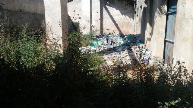 Se aprueba iniciar el expediente para demoler una edificación situada en el Paseo de las Ollerías y rambla de La Santa, Foto 7