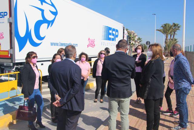 Un camión llevará por toda Europa la imagen de la asociación contra el cáncer de mama Flamenco Rosa - 1, Foto 1