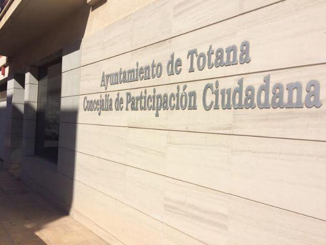 El Ayuntamiento cede los locales del Centro Municipal de Participaci�n Ciudadana al El Candil para su gesti�n y dinamizaci�n, Foto 1