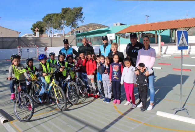 La Policía Local enseña educación vial a los niños de Puerto Lumbreras - 2, Foto 2