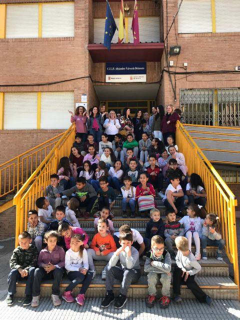 El colegio Infante Don Juan Manuel pasa a den ominarse CEIP Alejandro Valverde Belmonte, en homenaje al  campeón del mundo - 1, Foto 1