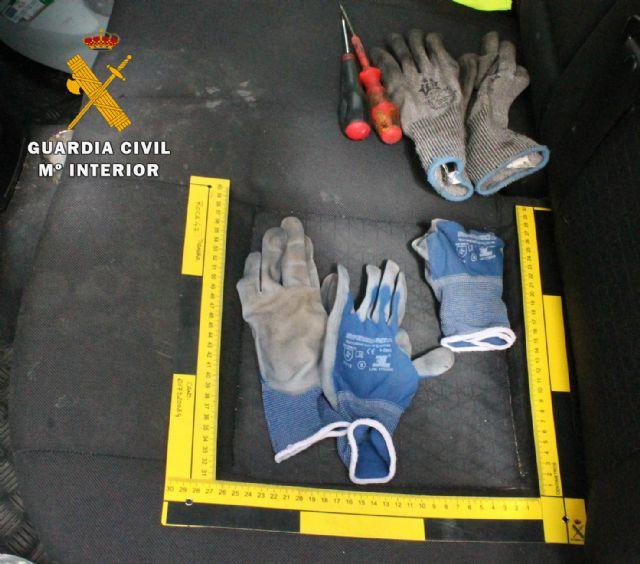 La Guardia Civil detiene a una persona por la comisión de 13 robos en localidades de las provincias de Albacete, Alicante y Murcia - 1, Foto 1